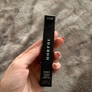 Morphe Fluidity concealer shade C1.25